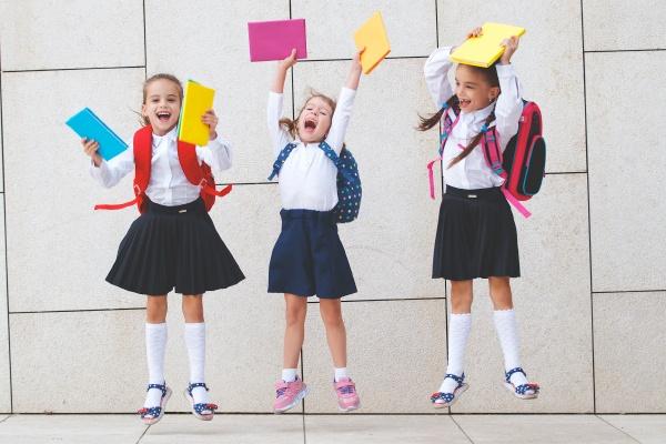 Это должно быть у каждого: эксперты составили подборку школьных канцтоваров