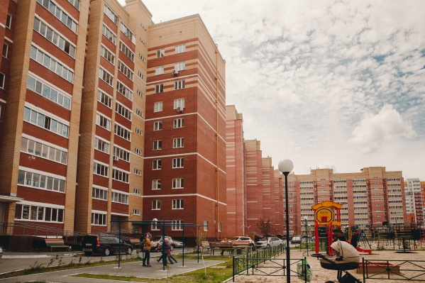 Тюмень быстро прирастает новыми домами и районами, что на рынке вакансий провоцирует большой спрос на строителей