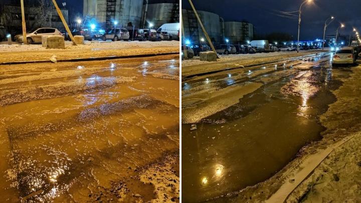 Недоброе утро: во Втузгородке начала уходить под воду улица