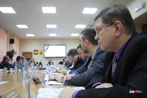 Внеочередную сессию собрали в том числе из-за вопроса по передаче долгов «Водоканала»