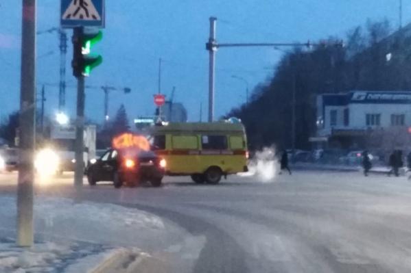 Авария случилась на перекрестке улиц 50 лет Октября и Профсоюзной