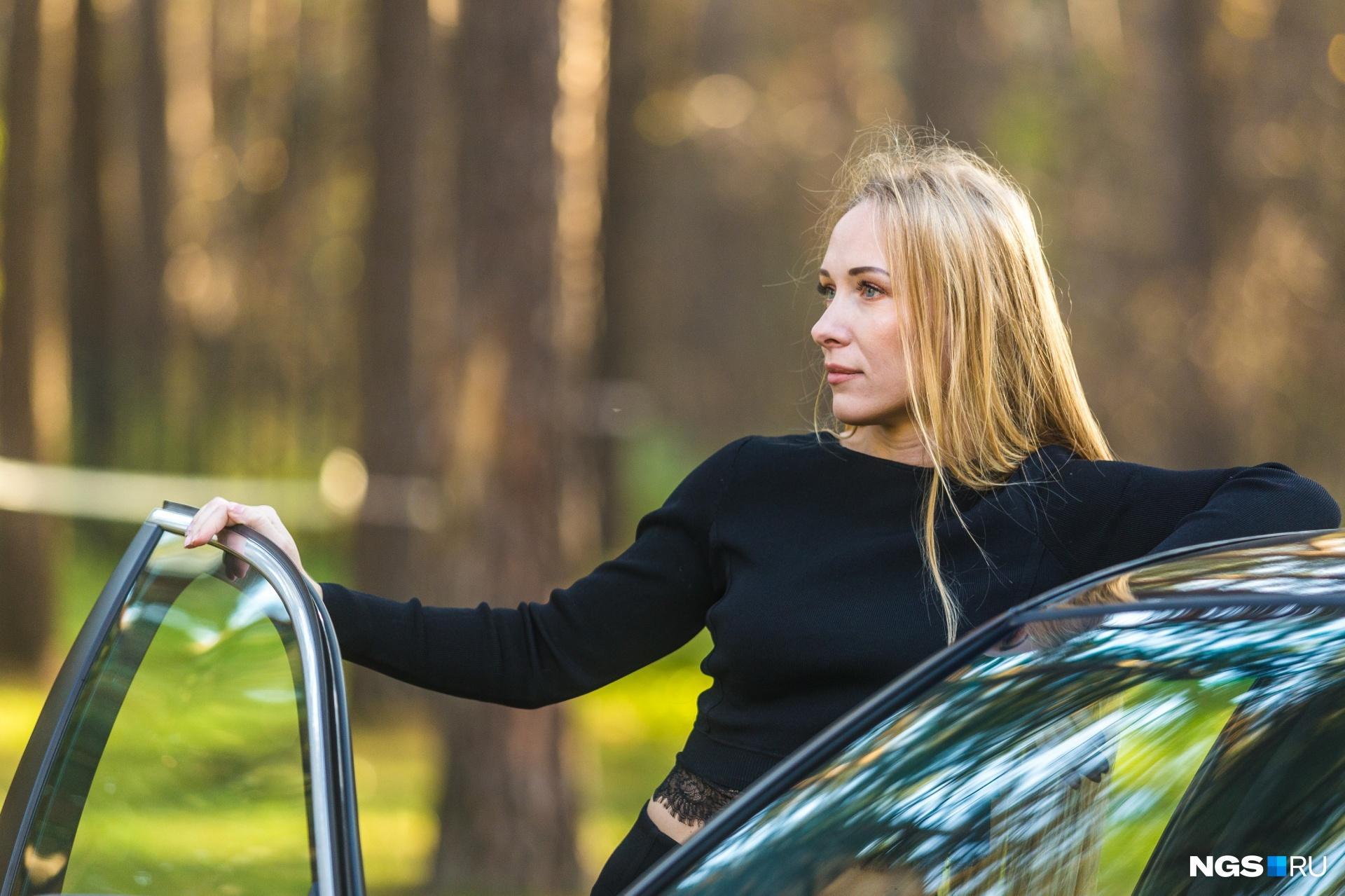 Идеальная машина для Олеси — с левым рулем и кожаным салоном