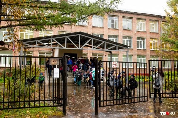 Руководство школы отказывается объясняться за скандальный случай с ребёнком