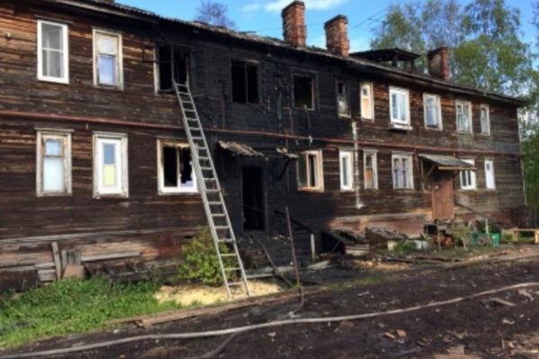 В деревянном доме жили 30 человек