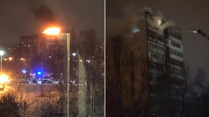 Фейерверкзалетел на балкон: причиной пожара на Логунова в Тюмени стала пиротехника