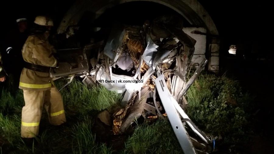14-летняя пассажирка ВАЗа погибла вДТП попути вОмск