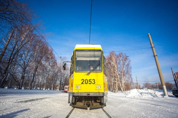 """Трамвай <nobr class=""""_"""">№ 8</nobr> избавился от кондуктора —новая система оплаты проезда работает в тестовом режиме"""