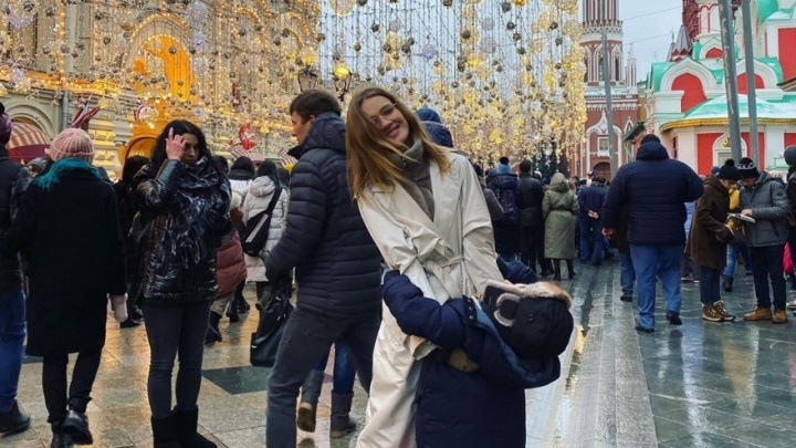 «Волшебные 24 часа»: Наталья Водянова признала, что Москва превзошла Париж в новогоднем оформлении