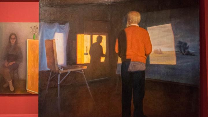 Картина в картине — так бывает? В PERMM открыли выставку художника, пишущего «двойную реальность»