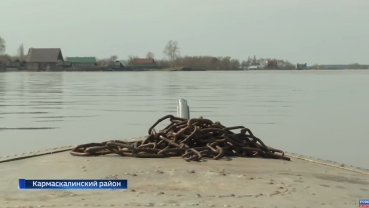 В Башкирии речка затопила еще одно село