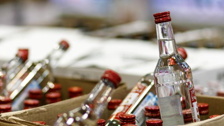 Семь волгоградцев умерли от отравления алкоголем