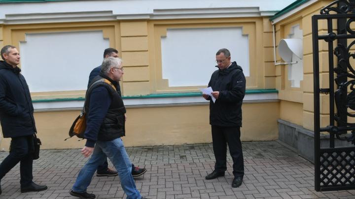 «Инвесторы за Приборостроительный завод»: общественники обсудили с Куйвашевым опрос по храму