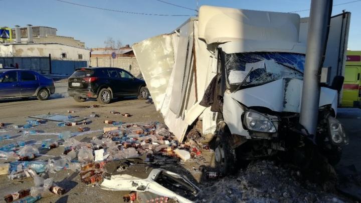 «Сотрясение мозга, перелом ребер»: инспекция труда разобралась в аварии в Кургане