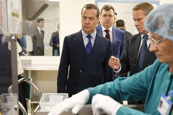 Медведев посмотрел на исполнение нацпроекта в Ярославской области, и ему не понравилось