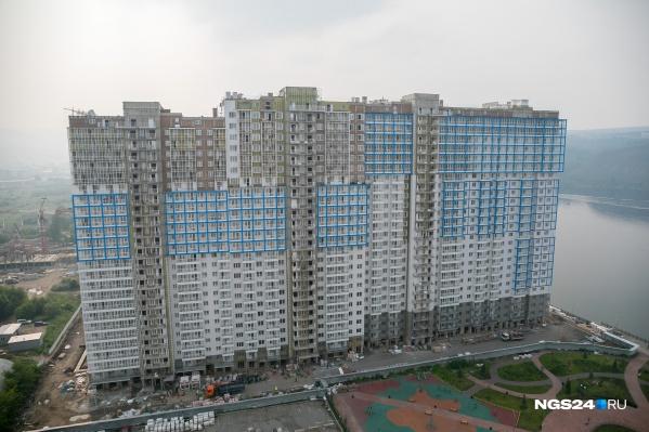 Фото второго дома сделано летом 2019 года