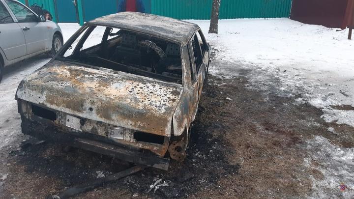 Мгновенная карма: житель Елани сбил насмерть мужчину, скрылся с места ДТП и сам едва не сгорел в машине