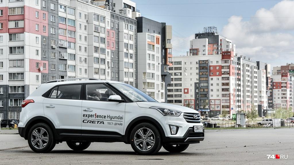 Hyundai Creta лидирует по продажам среди новых кроссоверов. Минимальная стоимость нового автомобиля с полным приводом — 1,08 миллиона рублей