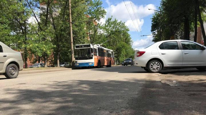«Мешают трафик и троллейбусы»: в Ярославле закроют городскую магистраль на ремонт