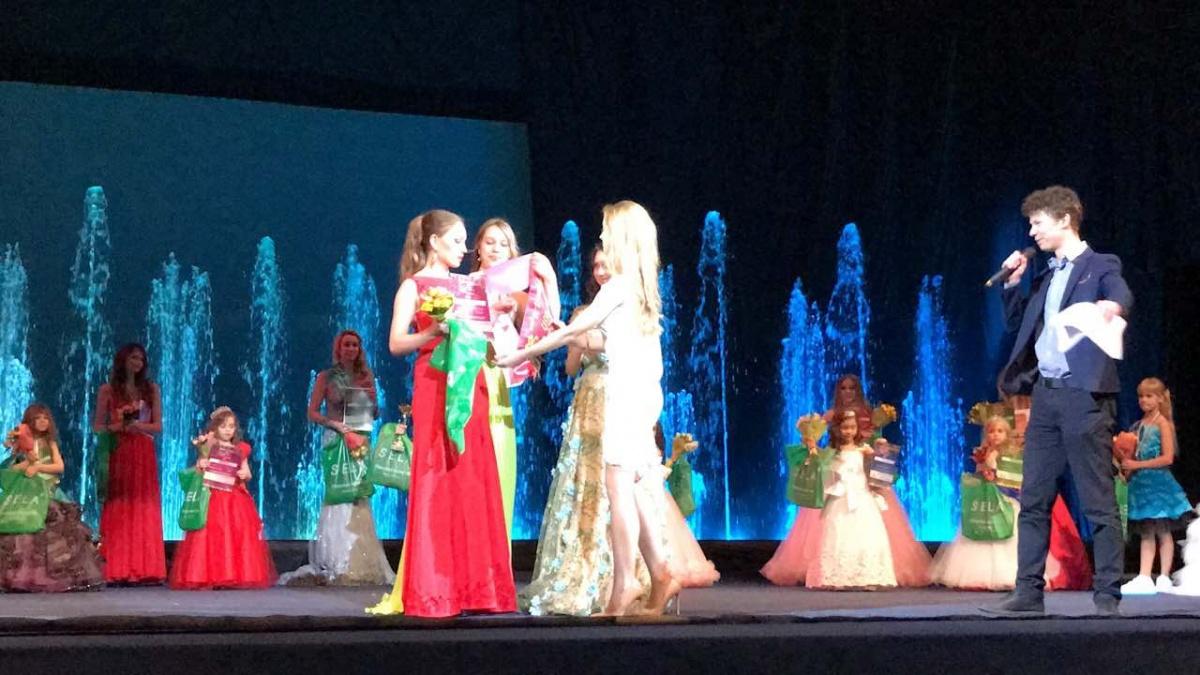 16-летняя красноярка завоевала титул «Юная мисс Россия»