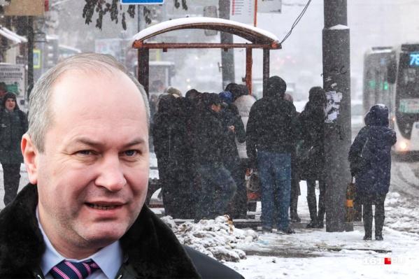 Кушнарев утверждает, что с каждым днем автобусов на улицах Ростова становится больше