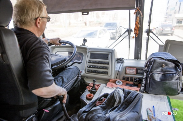 Водители маршруток говорят, что разворачиваться у остановки«Микрорайон Промышленный» опасно