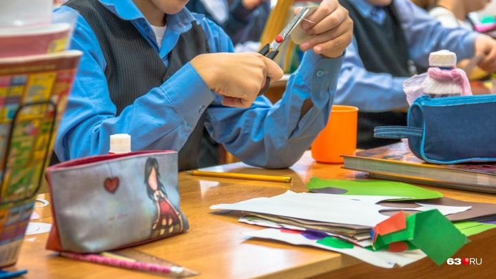 «Сына травили одноклассники»: жительница Самары вызвала прокуратуру в одну из школ Кировского района