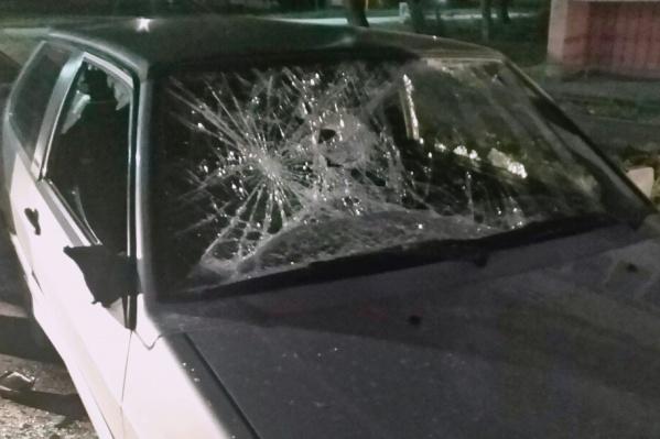 Инцидент, в результате которого оказалась разбита машина, произошёл в ноябре в Металлургическом районе