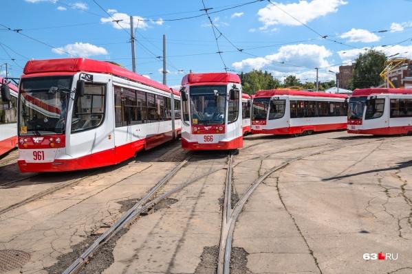 Фанатов будут возить на трамваях S5