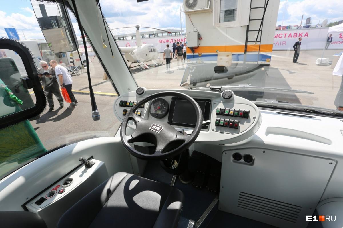 Водительская категория на электробус нужна такая же, как на обычный автобус