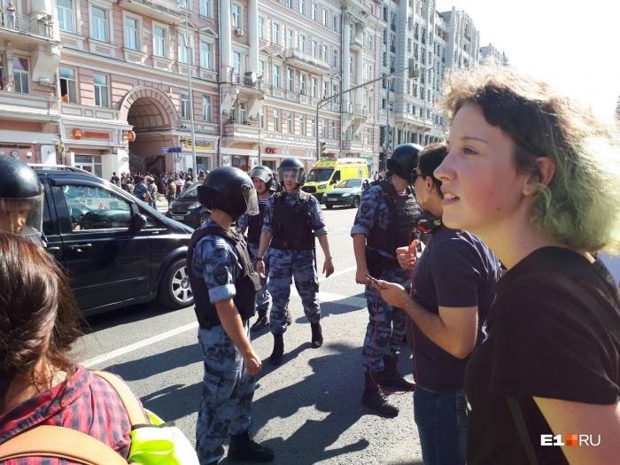 Аглае Шатовой 18 лет, недавно она стала первокурсницейМГТУ им. Н. Э. Баумана