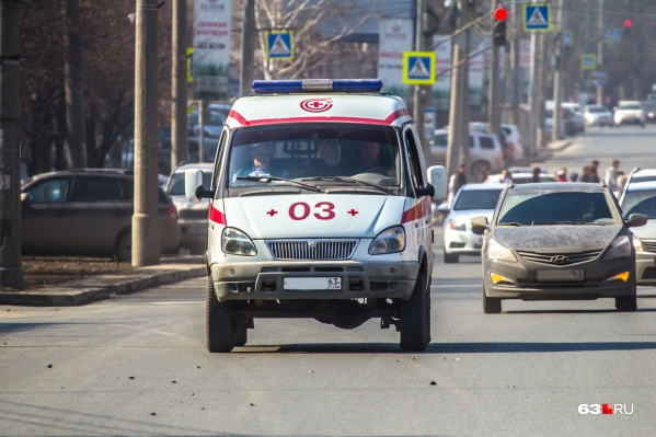 Врачи скорой вместе со школьным медработником сделали все возможное, чтобы спасти ребенка