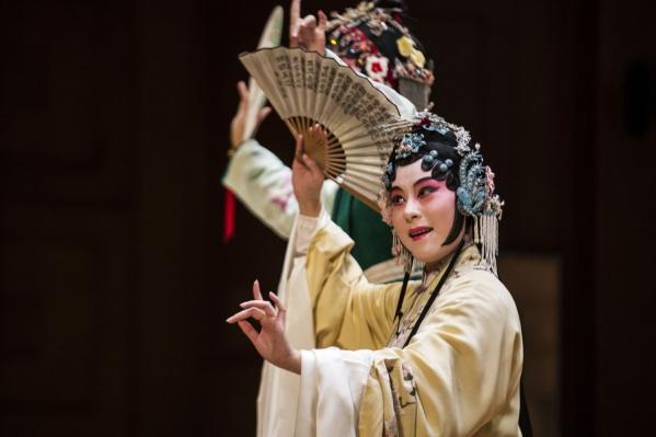 Артисты исполнили оперу на древнекитайсокм языке