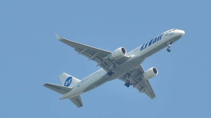 «Женщины рыдали в трубку»: пилоты вывели самолет из снежной бури над Красноярском
