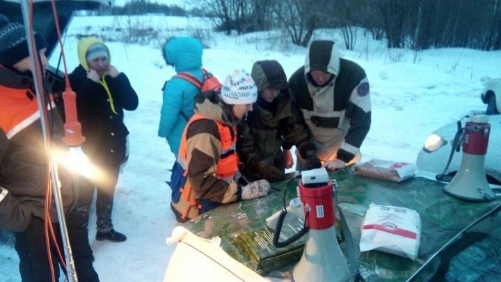 Десятки нижегородцев бросились искать в лесу замерзающих людей. Вызов оказался ложным