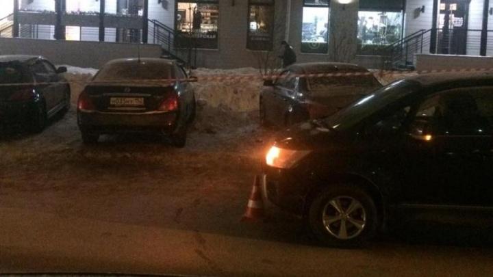 Переходили дорогу в неположенном месте: за один день в Новосибирске сбили двоих детей