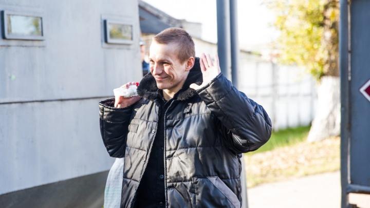 «Отмечал день рождения с ребятами»: в Ярославле задержали Евгения Макарова -жертву пыток в колонии