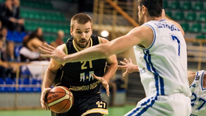 Баскетбольный клуб «Новосибирск» уступил команде с Сахалина