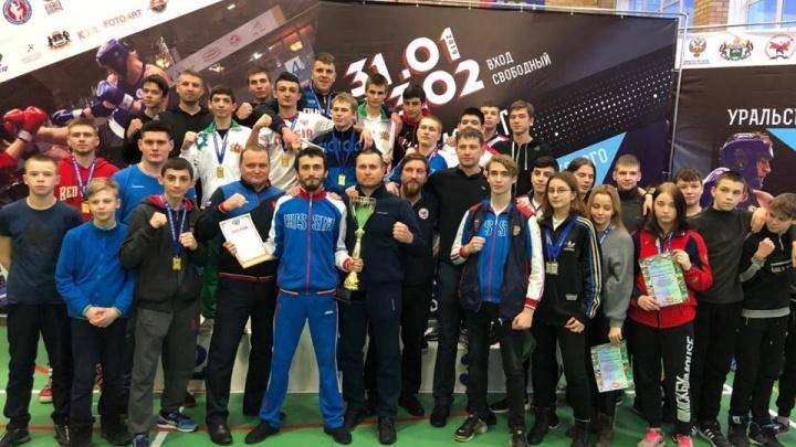 Сборная Свердловской области завоевала на чемпионате Урала и Приволжья по тайскому боксу 39 медалей