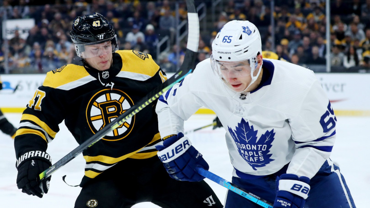 Второй среди россиян: омич Илья Михеев ворвался в топ лучших бомбардиров НХЛ
