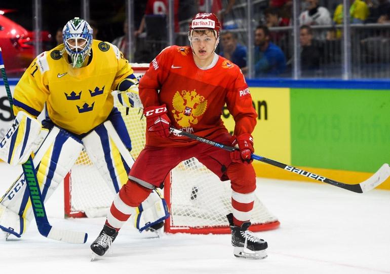 Семь хоккеистов сборной Российской Федерации тренируются перед игройЧМ сошведами