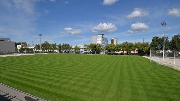 К зиме в Екатеринбурге переделают два стадиона, где тренировались сборные во время ЧМ по футболу