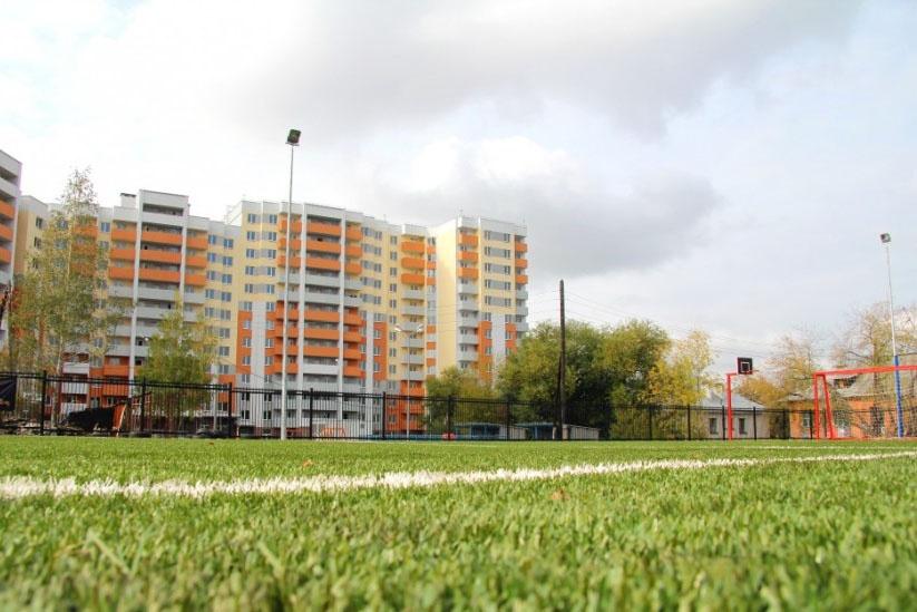 Тренировки детского ФК «Рудник» проходят три раза в неделю на собственном стадионе