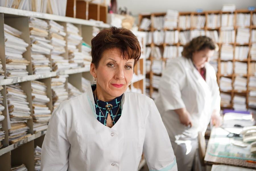 Старший регистратор поликлиники Черепановской ЦРБ Любовь Самсонова