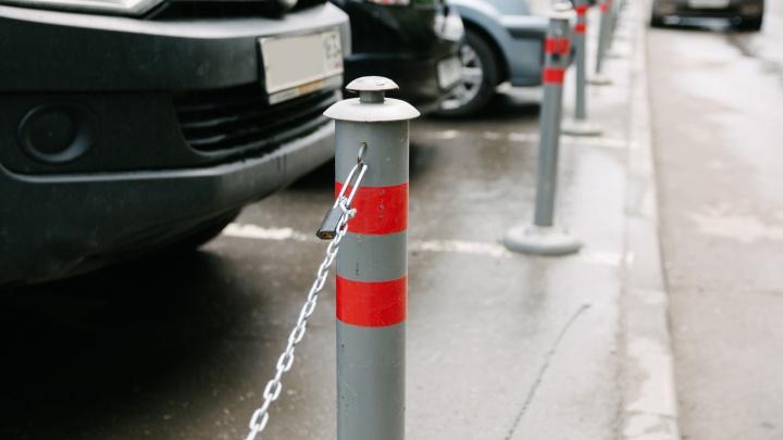 Парковку у ТЦ «Айсберг» решили отдать под застройку