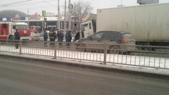 На Щербакова за рулём грузовика умер челябинский дальнобойщик
