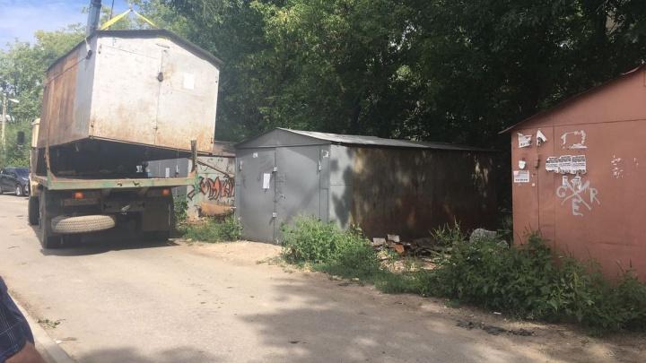 Улицу Партизанскую зачищают от незаконных гаражей
