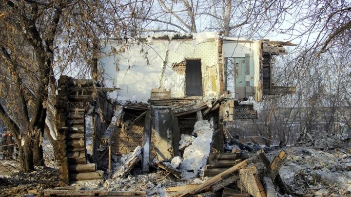 В Омской области на мужчину обрушился потолок аварийного дома