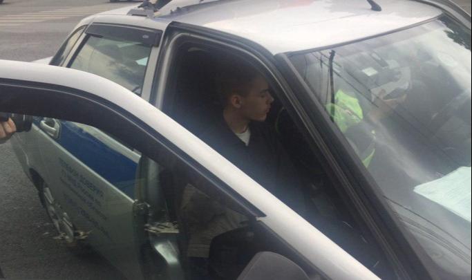 Молодого челябинца, спешившего в автошколу и сбившего четверых на остановке, отдали под суд