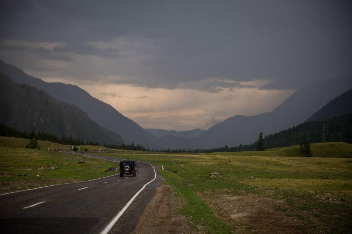 Чуйский тракт начинается в Новосибирске и заканчивается у границы с Монголией