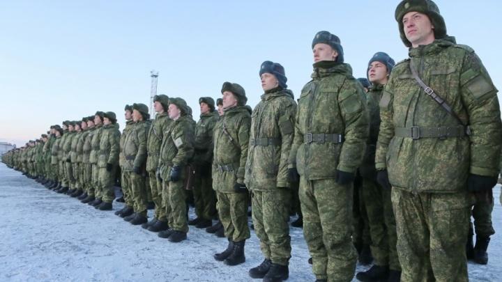 «Уральские пельмени и борщ по-сибирски»: южноуральских солдат перевели на рождественский паёк
